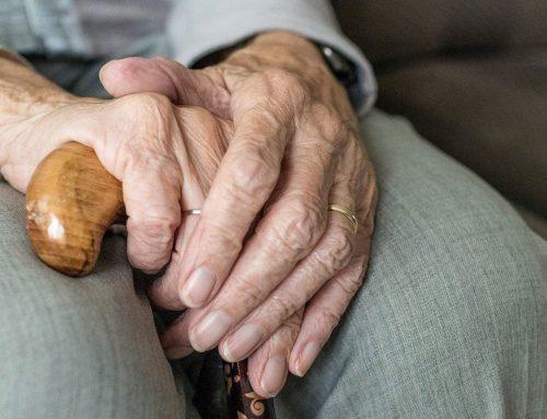 Câmara de Lisboa assegura deslocação de idosos para levarem a vacina