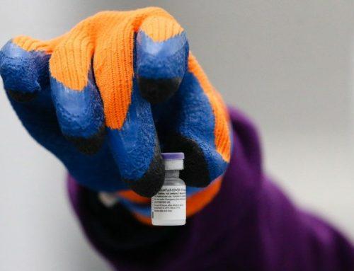 Covid-19. Acidente em transporte inutilizou dois frascos de vacina