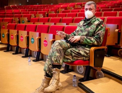 Coordenador da 'task force' defende adiamento da segunda dose