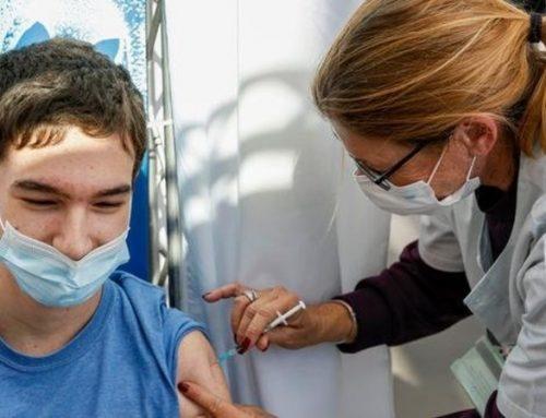 Vacinação de adolescentes entre 12 e 18 anos já começou em França