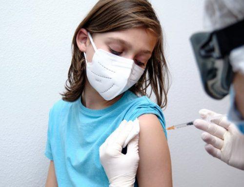 Farmacêuticas deverão pedir autorização de vacinas em crianças até ao final do ano